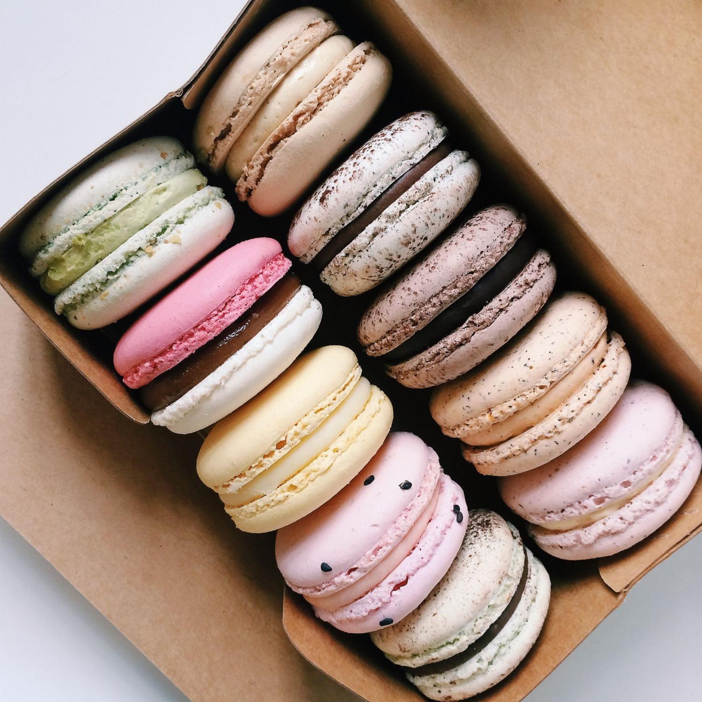 Assorted Macarons - Bonheur Patisserie