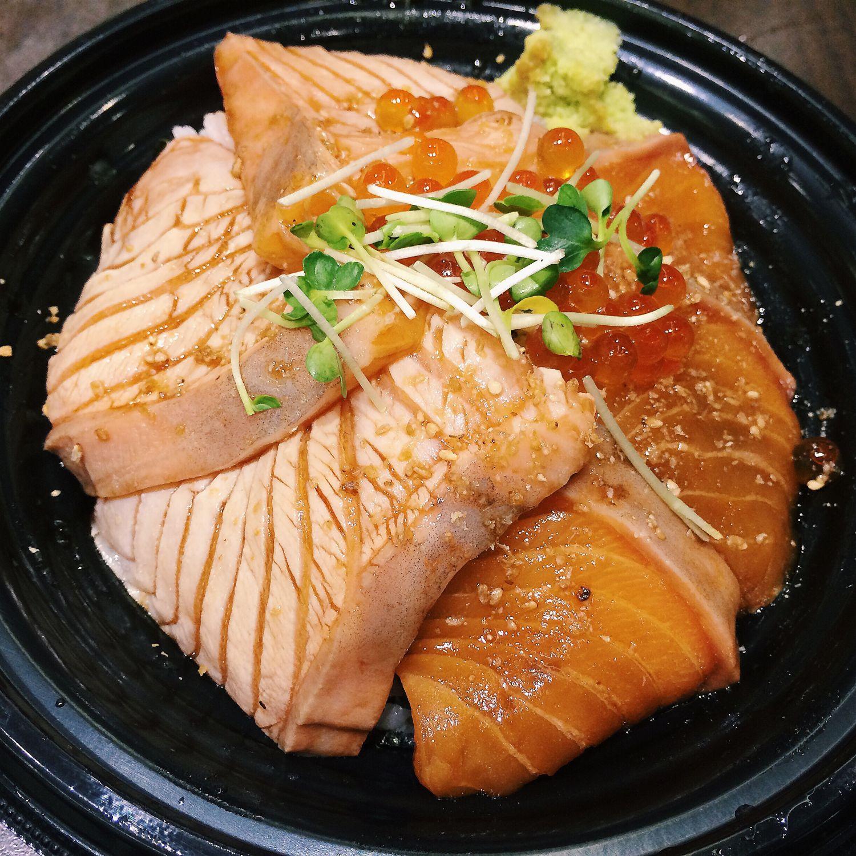 Seared & Sashimi Salmon Don - Teppei Syokudo
