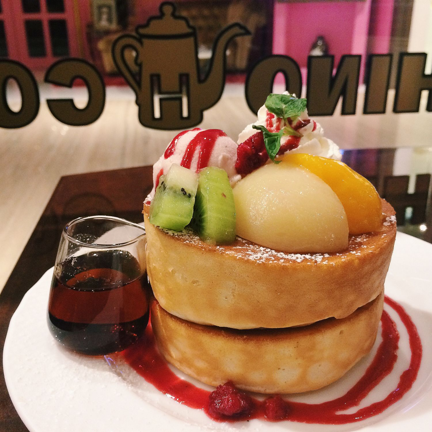Pancake Soufflé with Peach - Hoshino Coffee Singapore