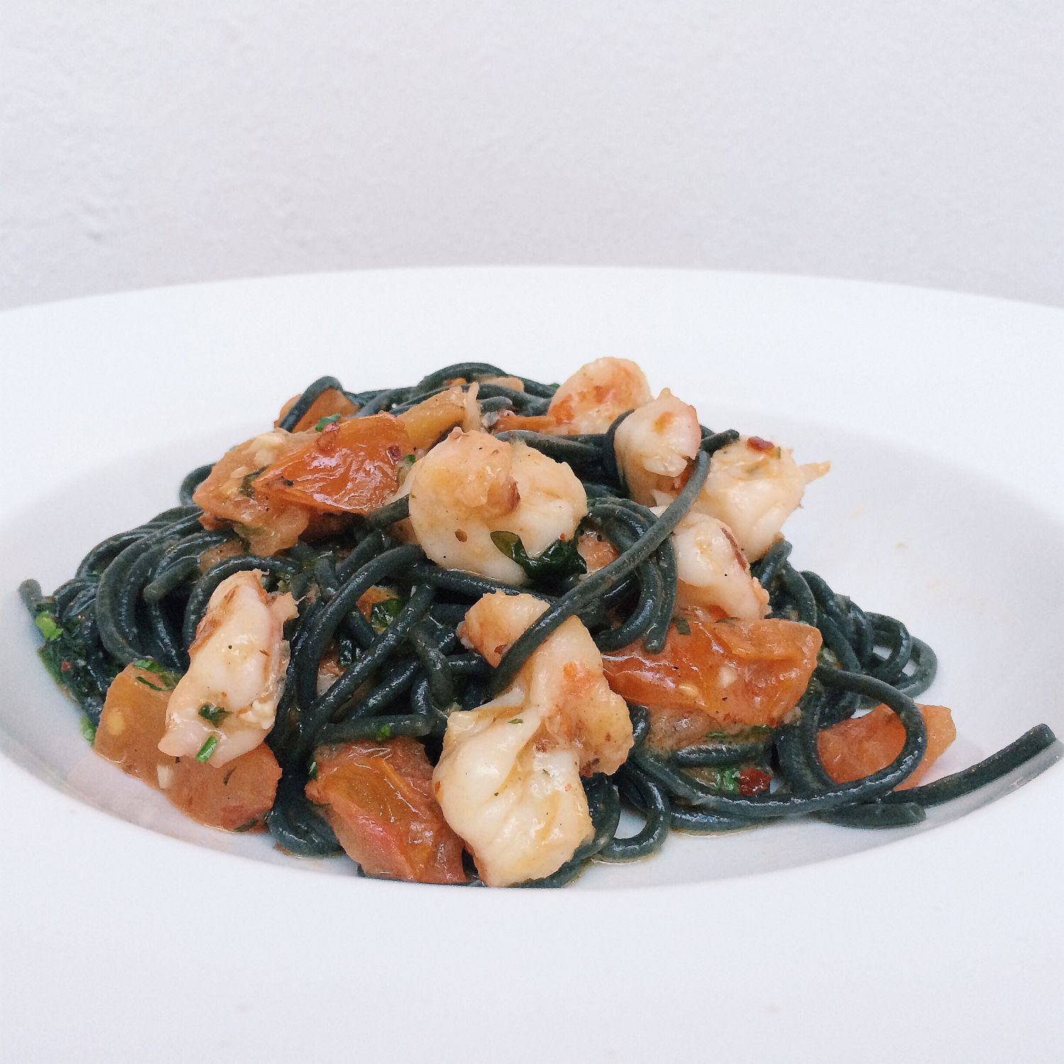 "Squid Ink Spaghetti ""alla Singaporeana"" - In ITALY"