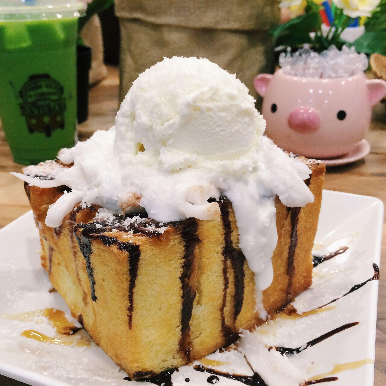 Coconut Shibuya Toast - Tuk Tuk Cha