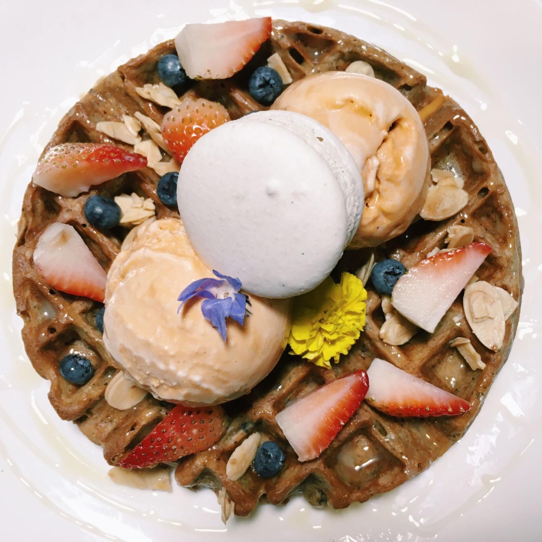 Thai Milk Tea & Earl Grey Waffle - Les Patisseries
