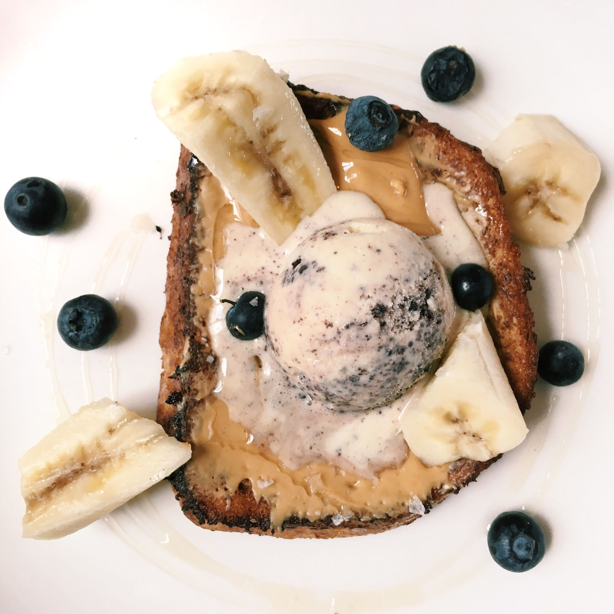 Cinnamon French Toast - Flutes Restaurant
