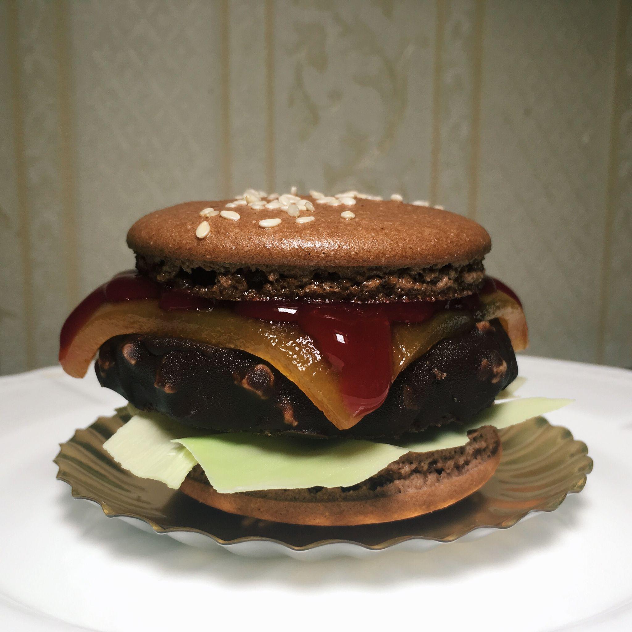 Macaron Burger - Antoinette