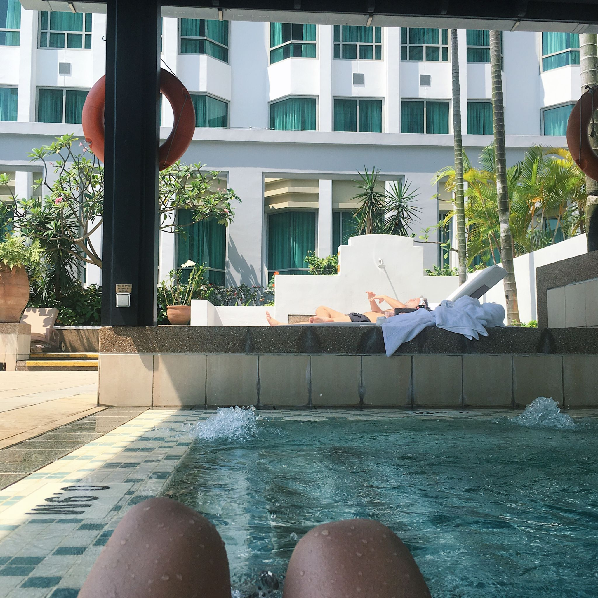 Swimming Pool - InterContinental Singapore