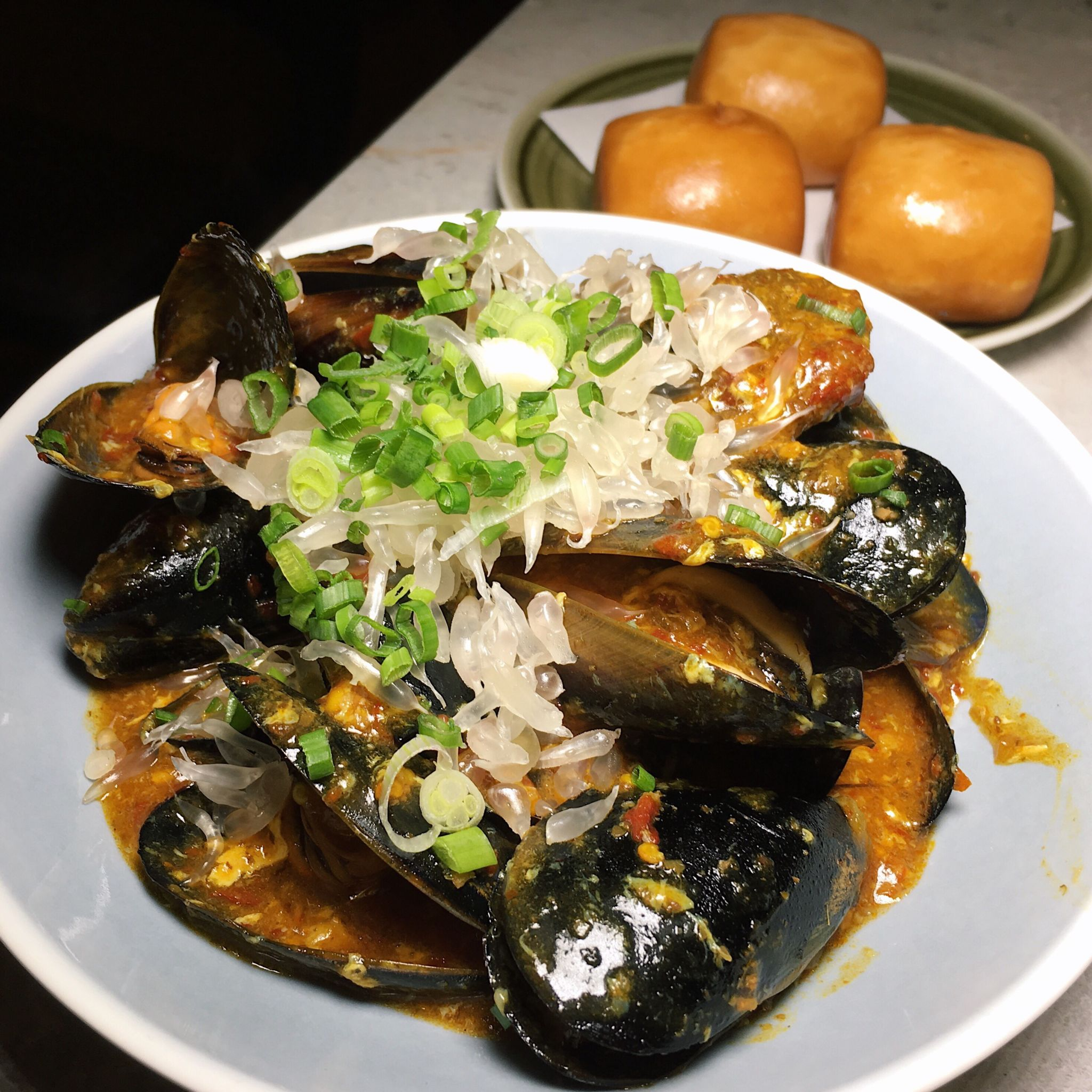 Chilli Pomelo Australian Blue Mussels with Fried Mantou - Blue Lotus Chinese Grill House