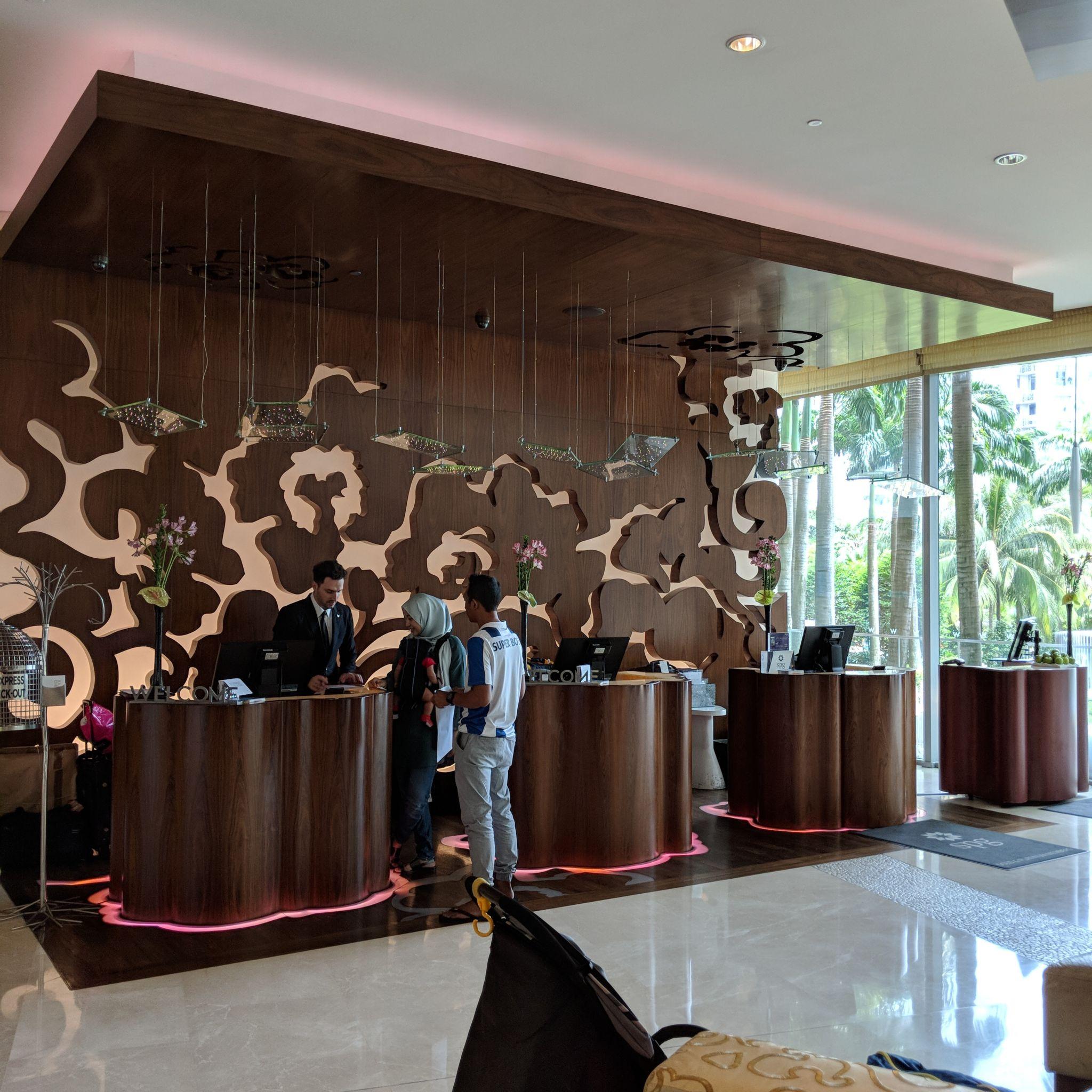w singapore lobby