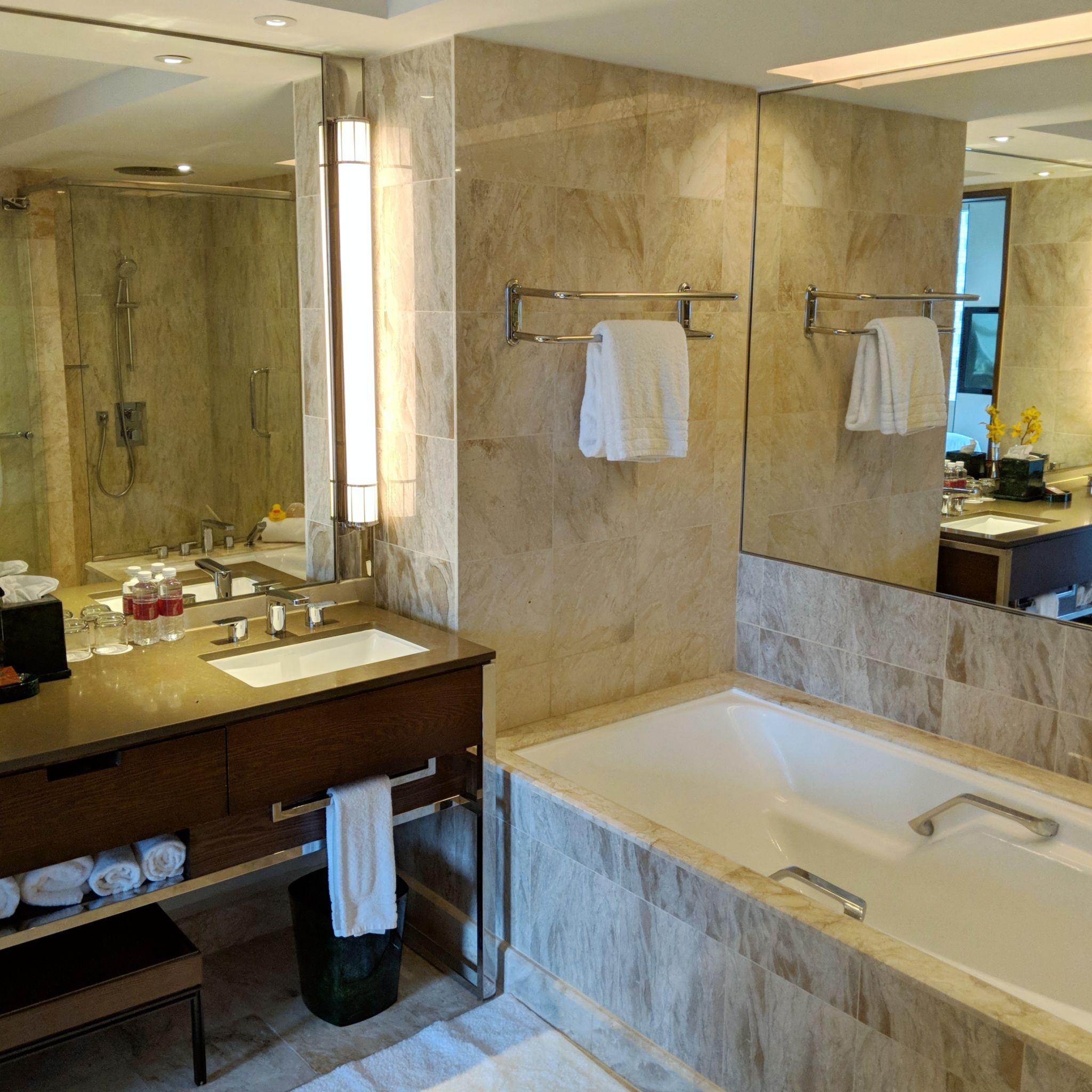 conrad centennial singapore centennial king suite bathroom