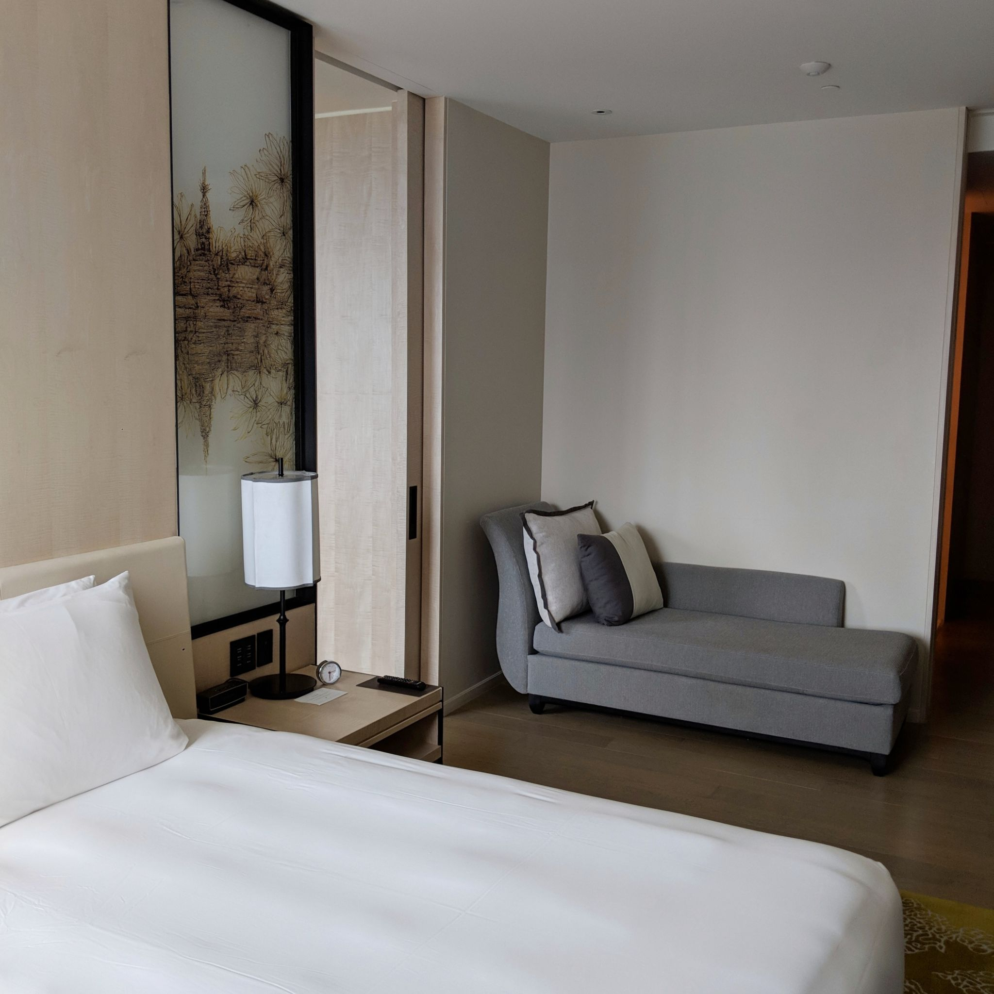 park hyatt bangkok park executive suite bedroom