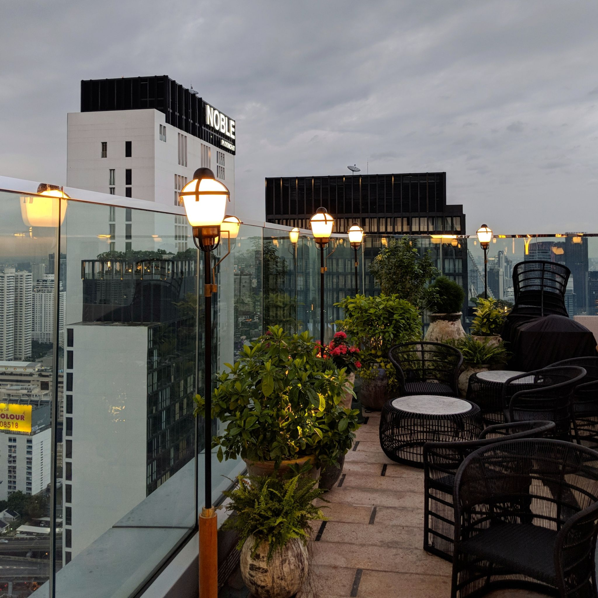 park hyatt bangkok penthouse bar and grill