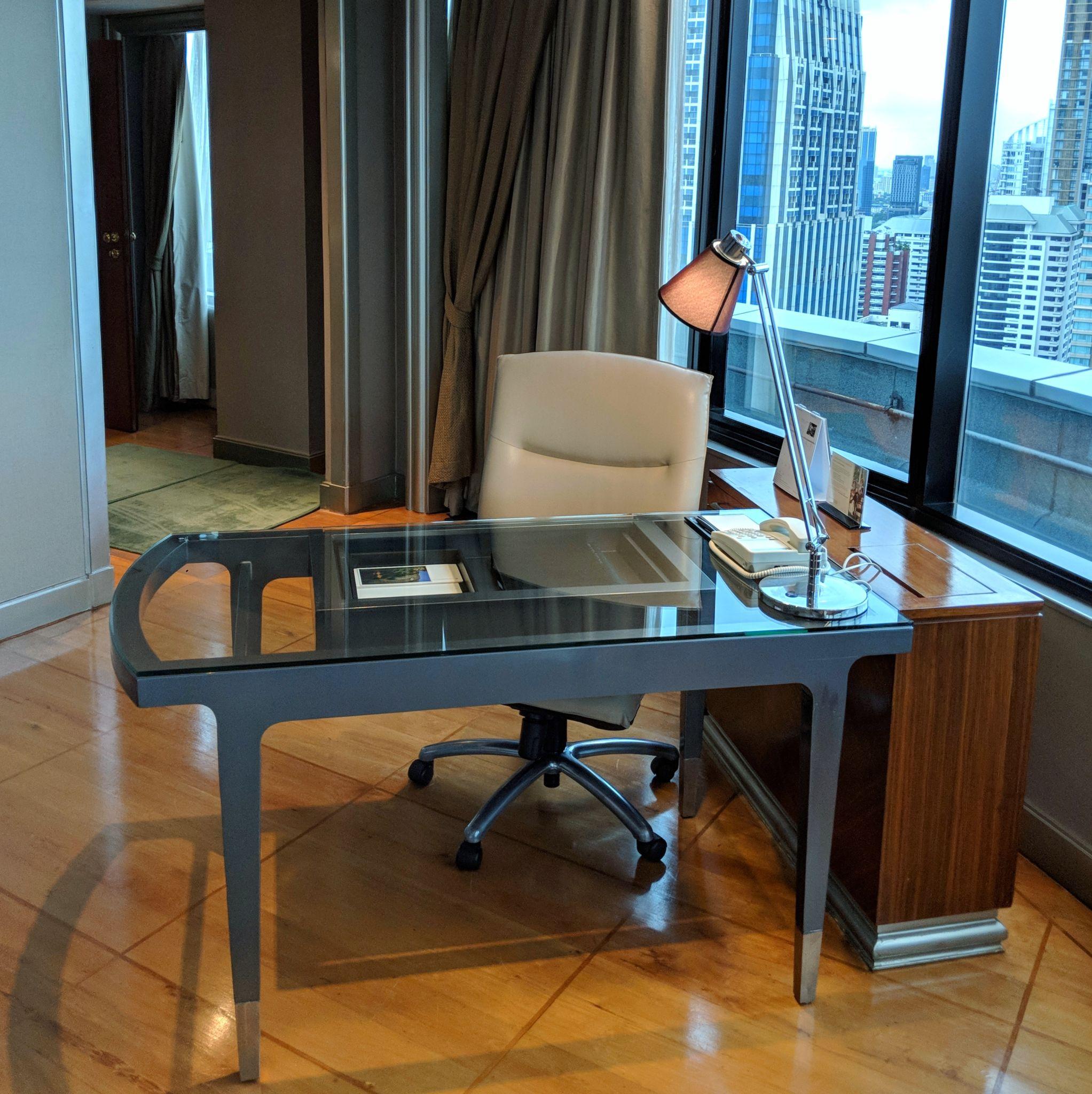 intercontinental bangkok ambassador suite work station