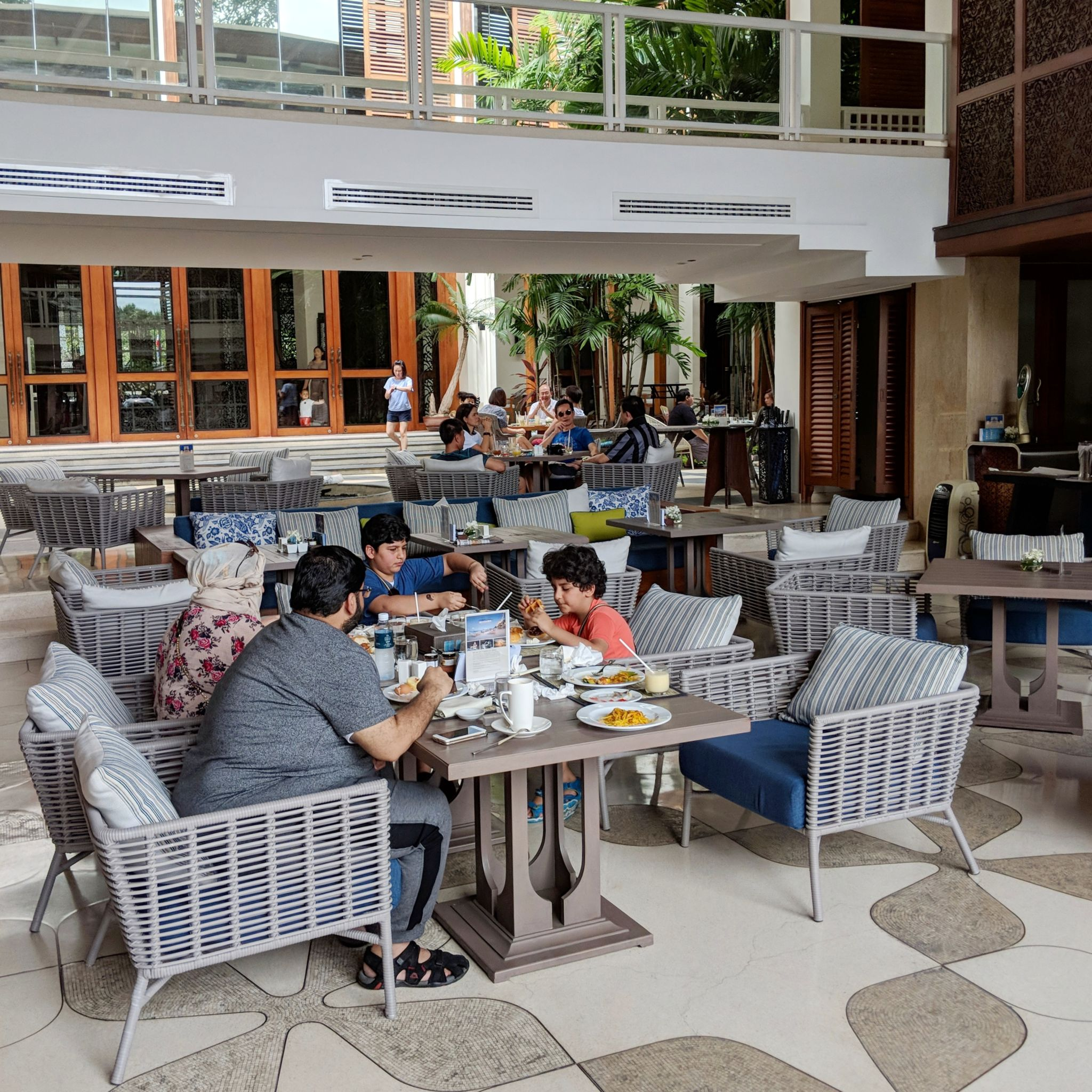 intercontinental hua hin resort pirom restaurant