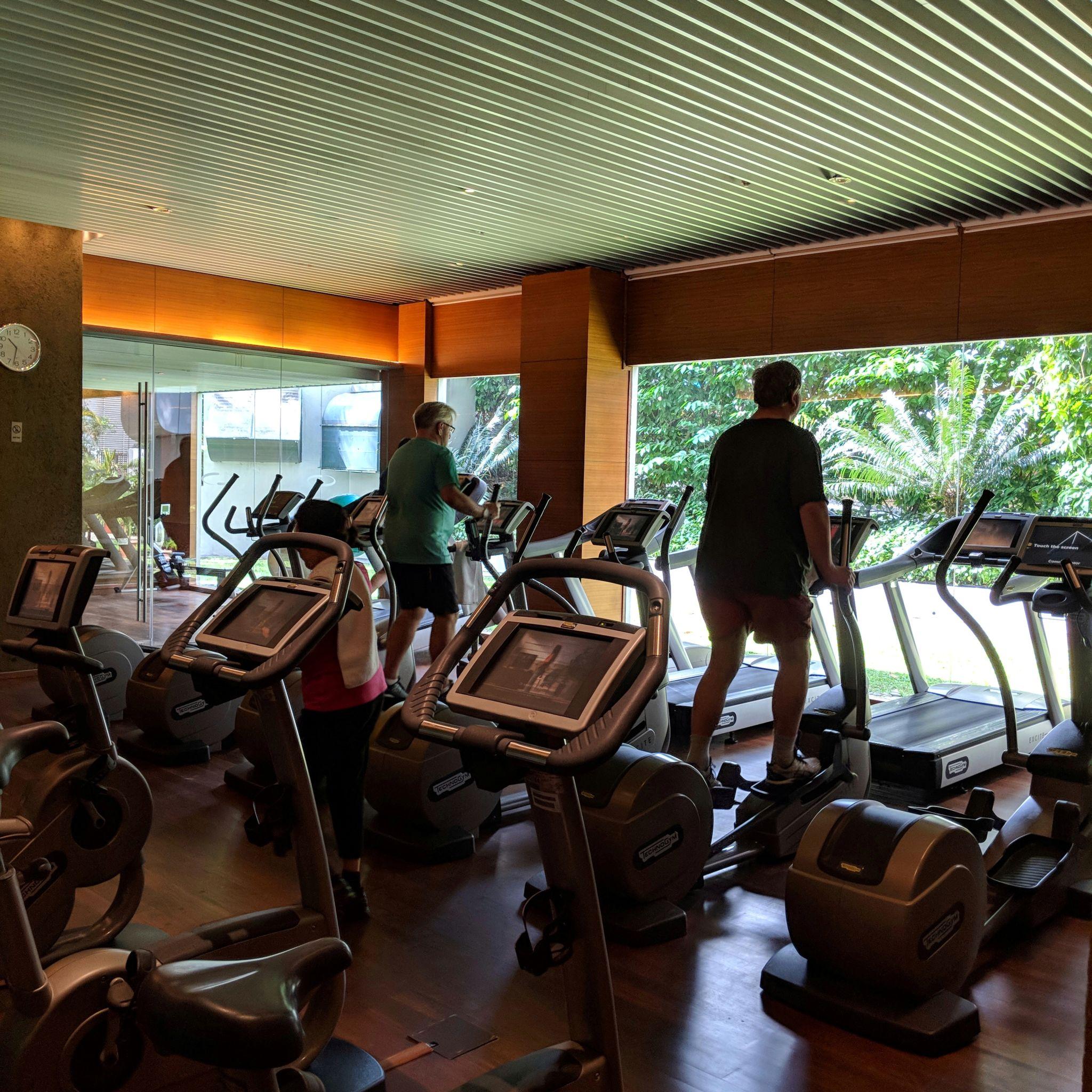 grand hyatt singapore gym
