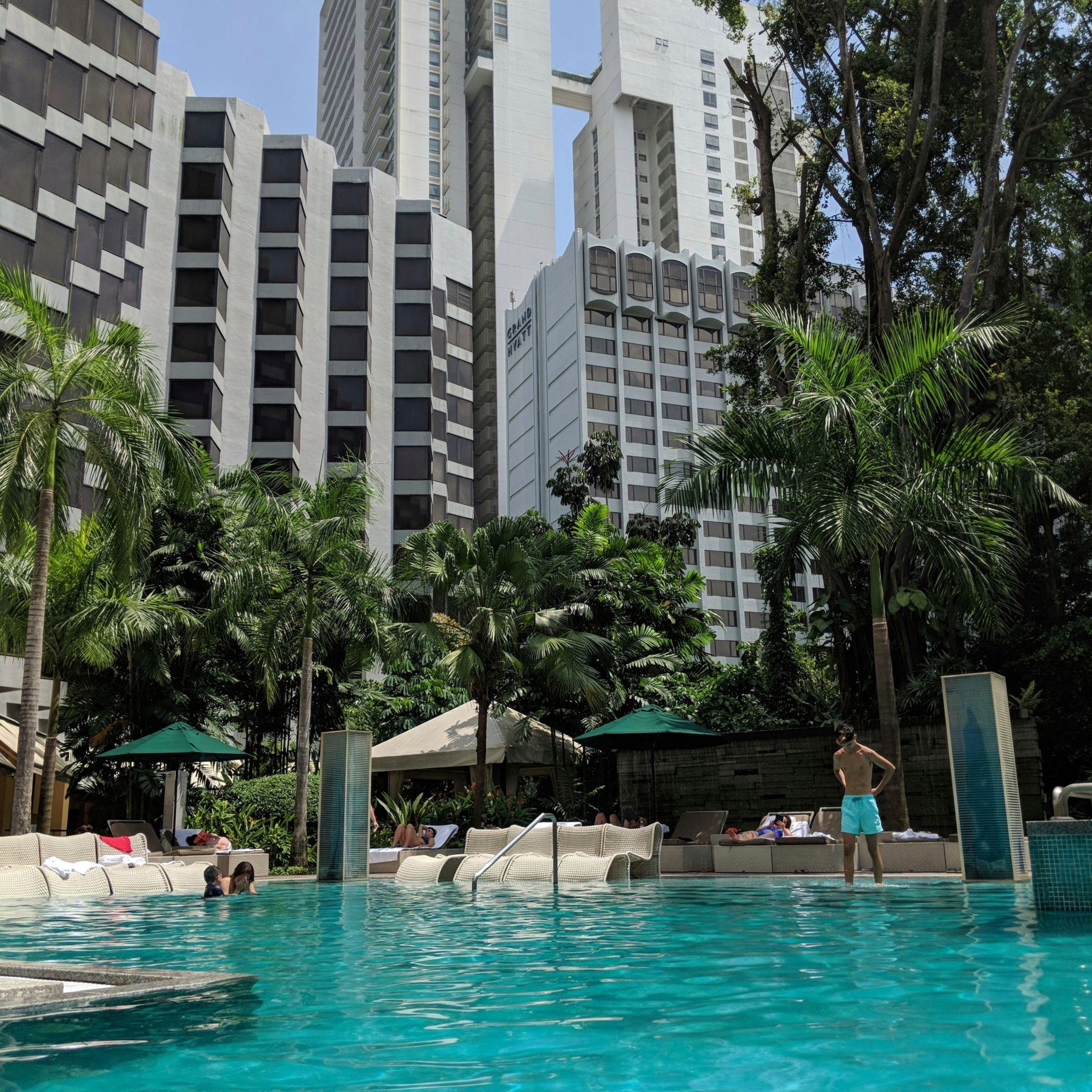 grand hyatt singapore pool