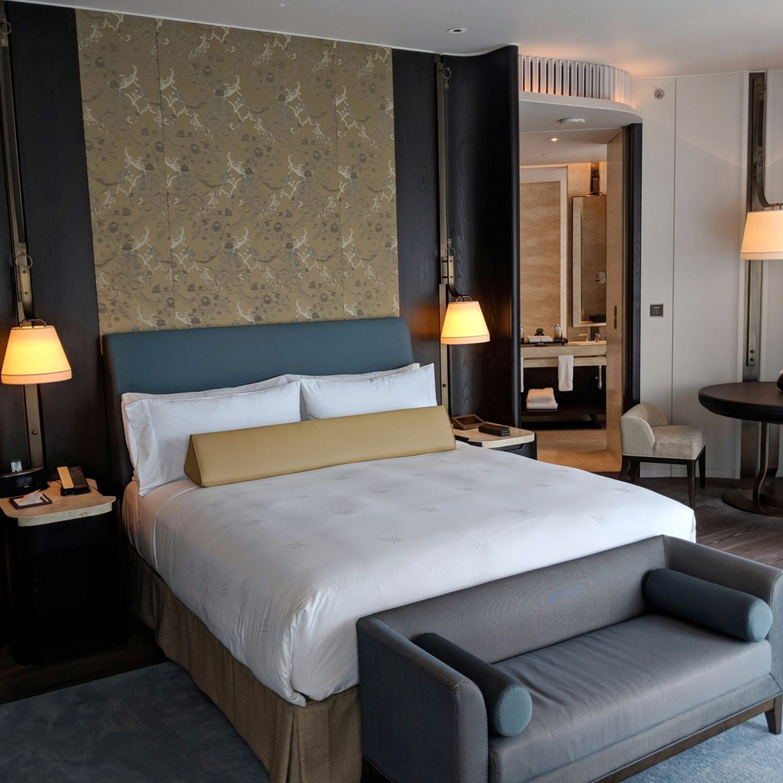 waldorf astoria bangkok king deluxe suite