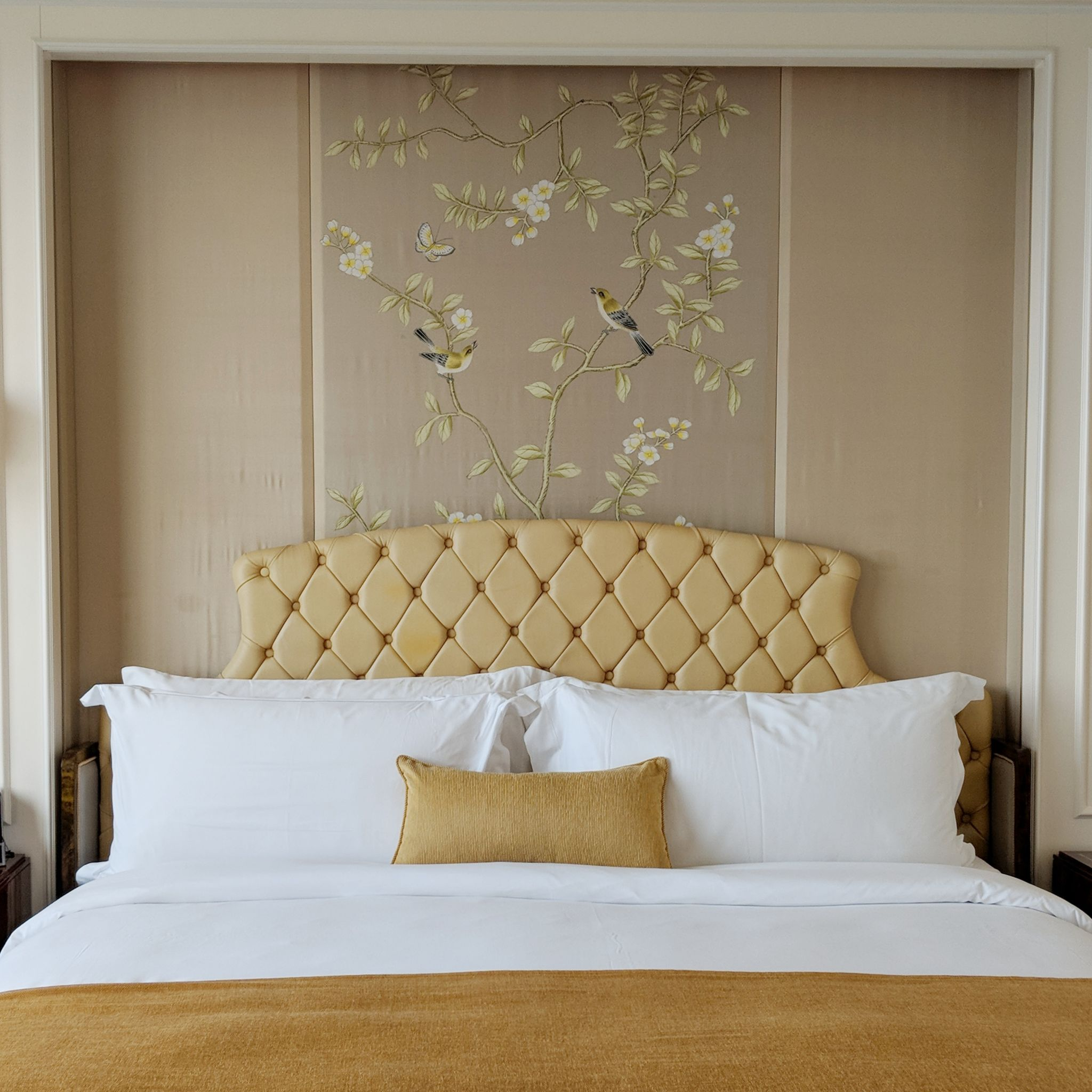 the st regis singapore grand deluxe room