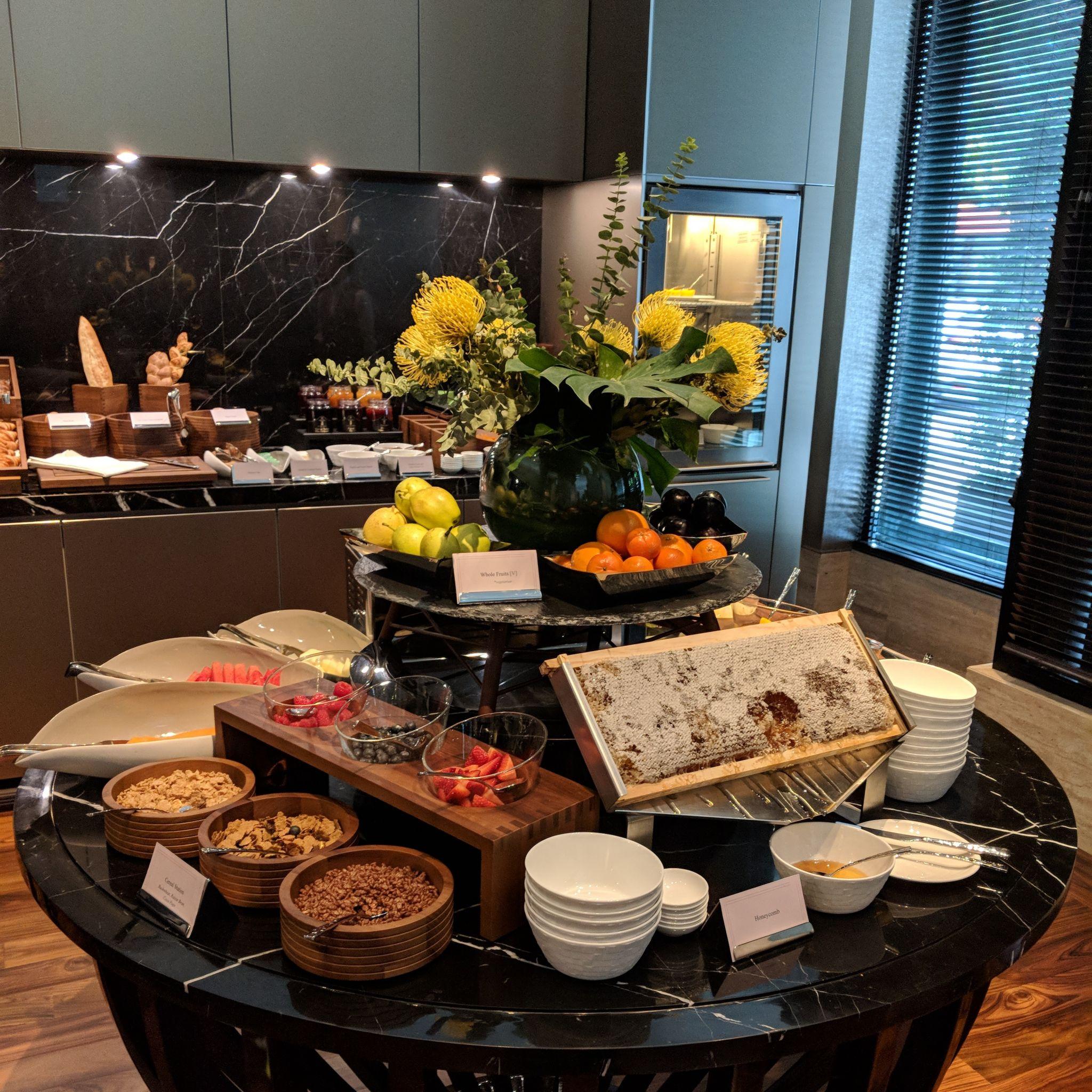 The Capitol Kempinski Hotel Singapore the lobby lounge breakfast