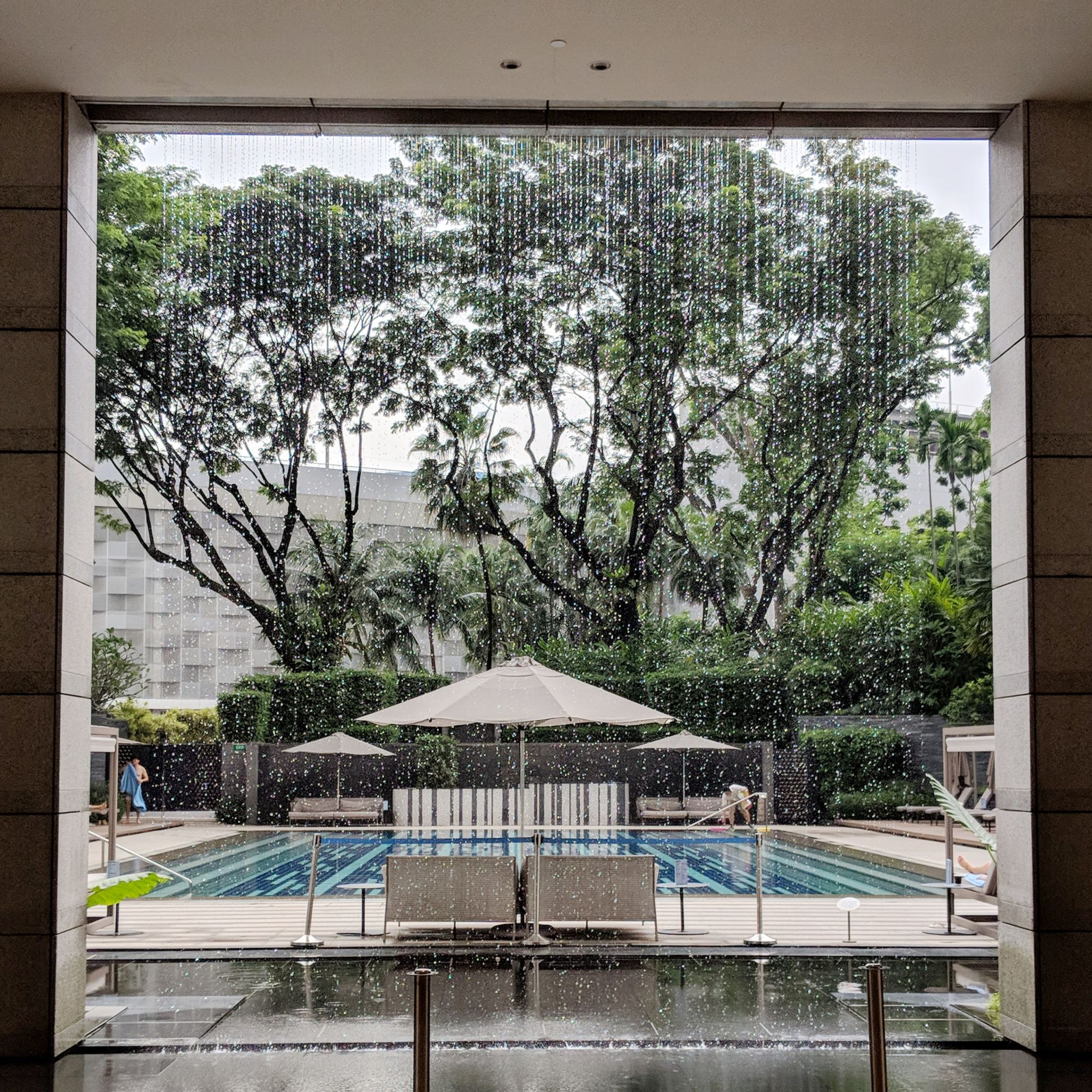 Hotel Review: The Ritz-Carlton, Millenia Singapore (One