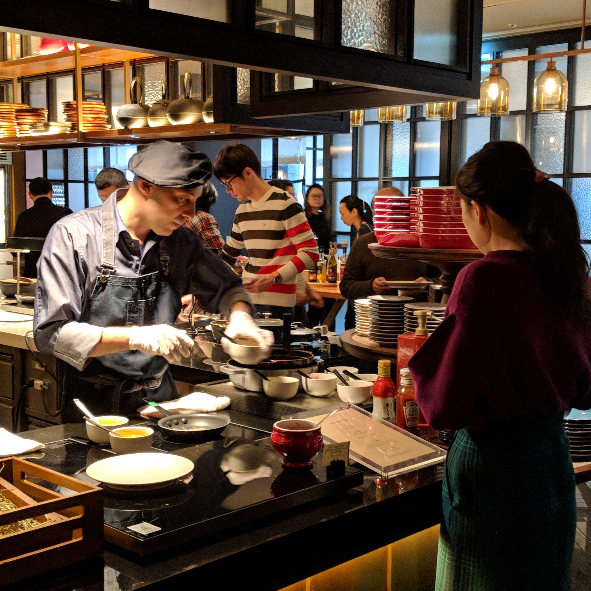 hyatt centric ginza tokyo NAMIKI667 breakfast egg station