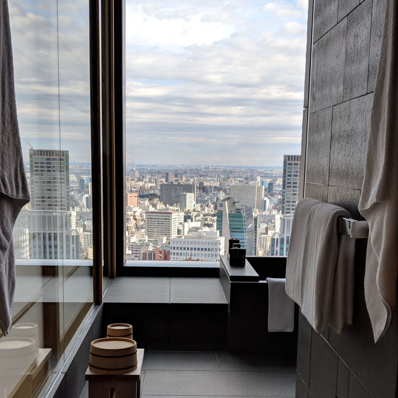 aman tokyo premier room bathroom