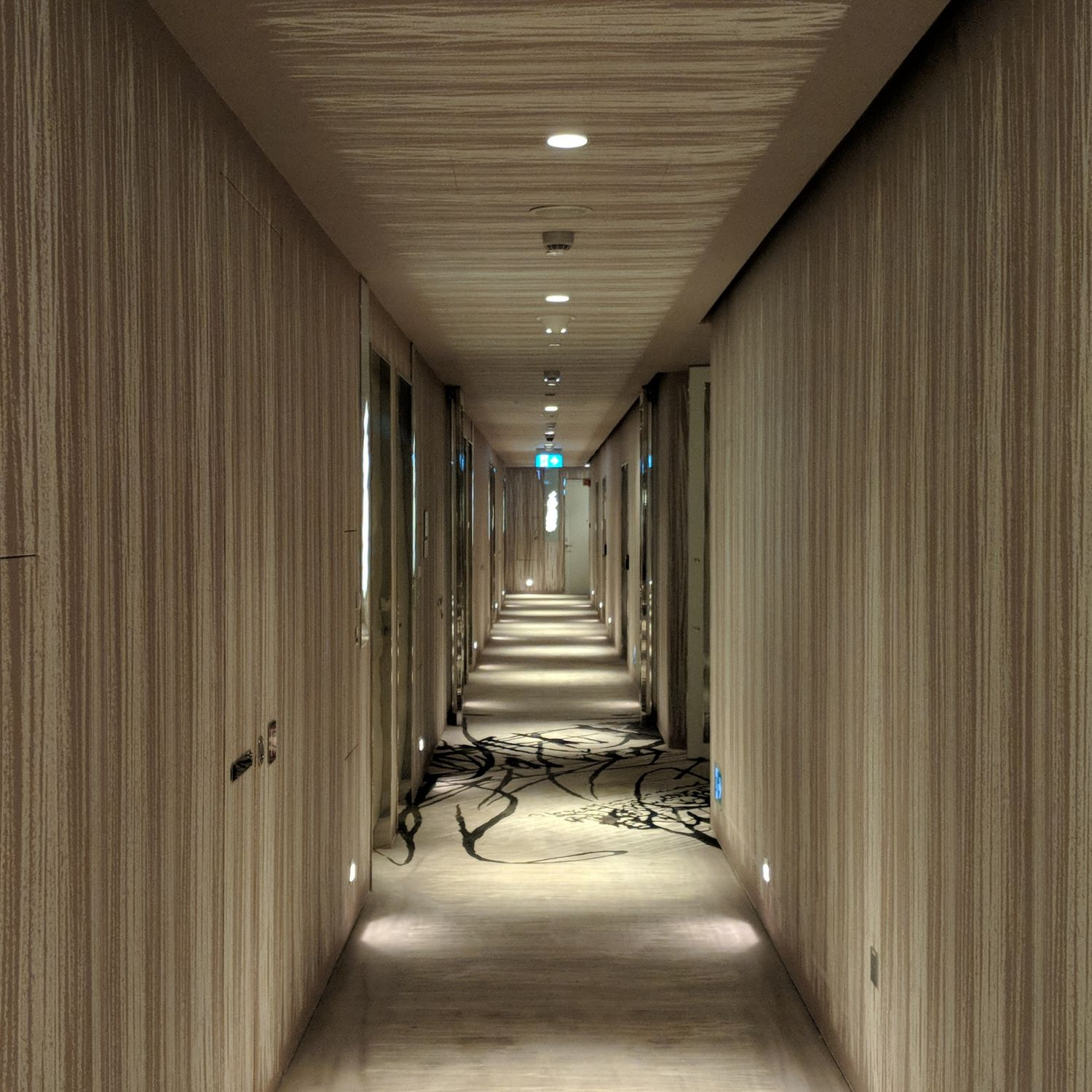 jw marriott singapore south beach hallway