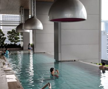 jw marriott singapore south beach flow 18 swimming pool