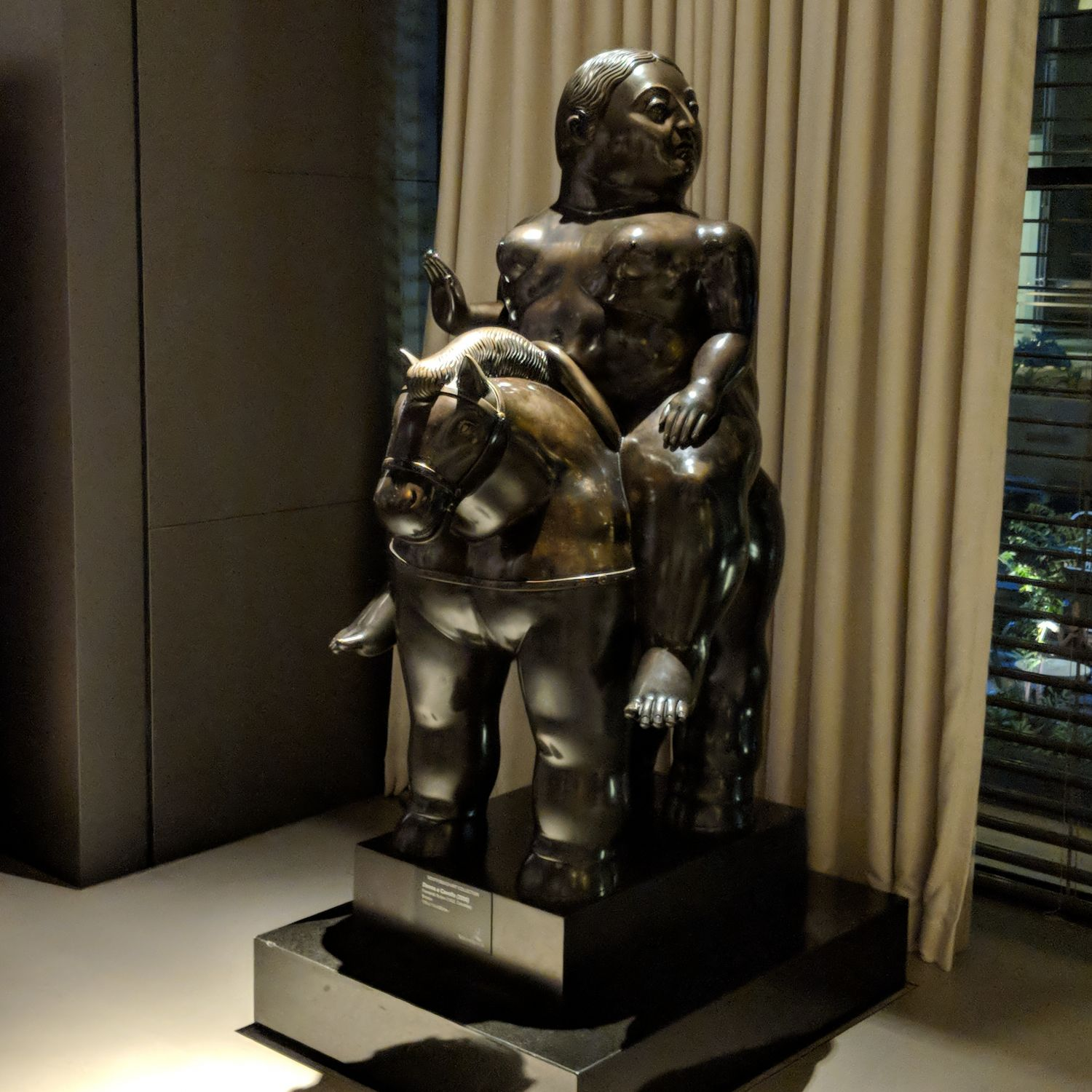 jw marriott singapore south beach lobby sculpture