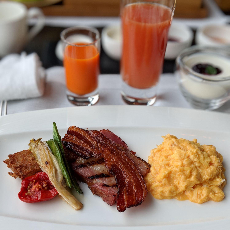 aman tokyo arva american breakfast