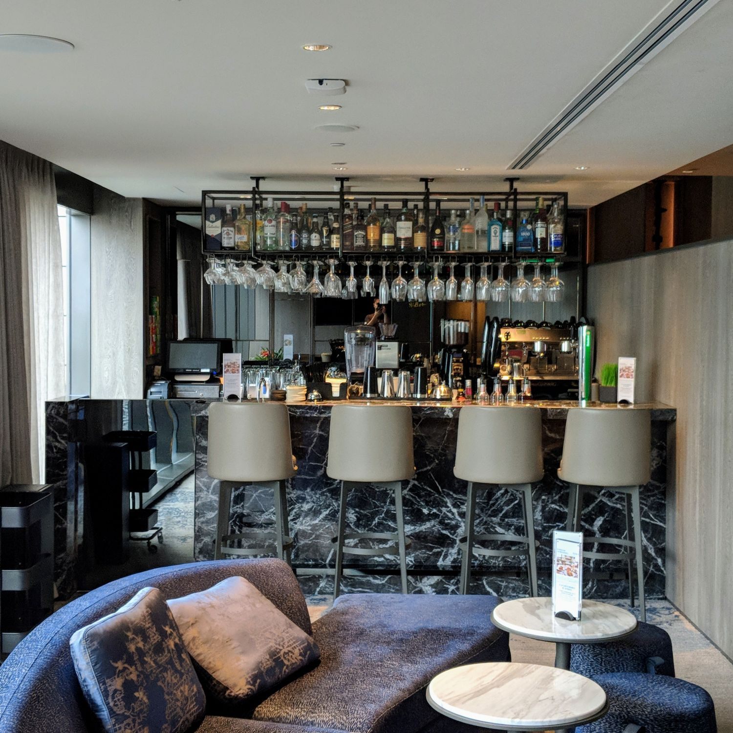 oakwood premier oue singapore the bar by oakwood