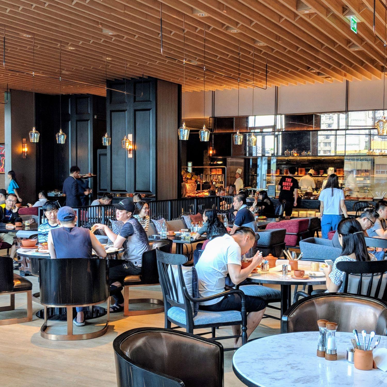Hyatt Regency Bangkok Sukhumvit market cafe