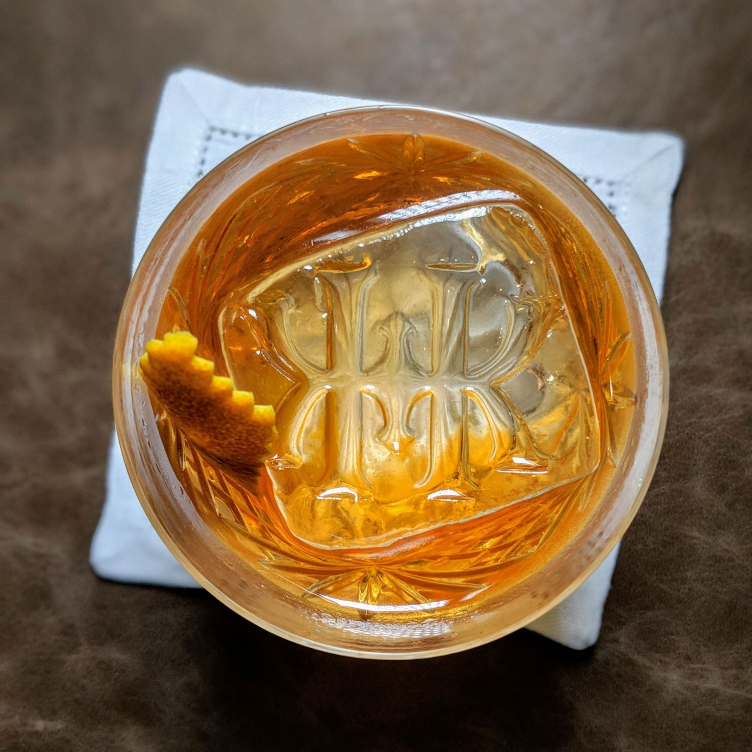 rosewood hong kong manor club old fashioned evening cocktails