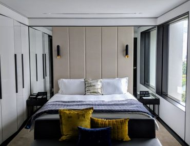 Hotel Review: The Murray Hong Kong (N3 Grand Deluxe) – Chic, Contemporary, Gold-kissed Monochromatic Sanctuary in Central Hong Kong