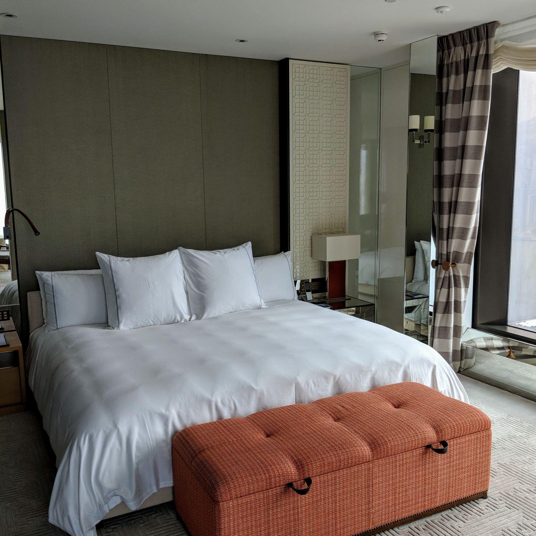 rosewood hong kong grand harbour corner suite bedroom
