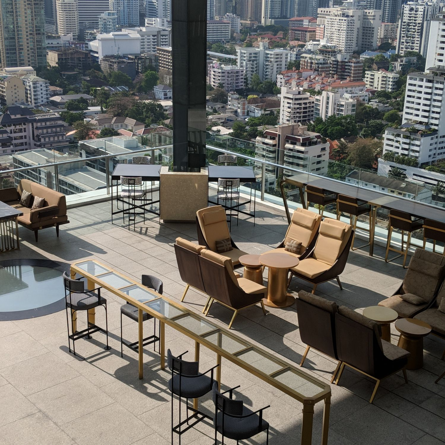 137 pillars hotel sukhumvit bangkok the marble bar