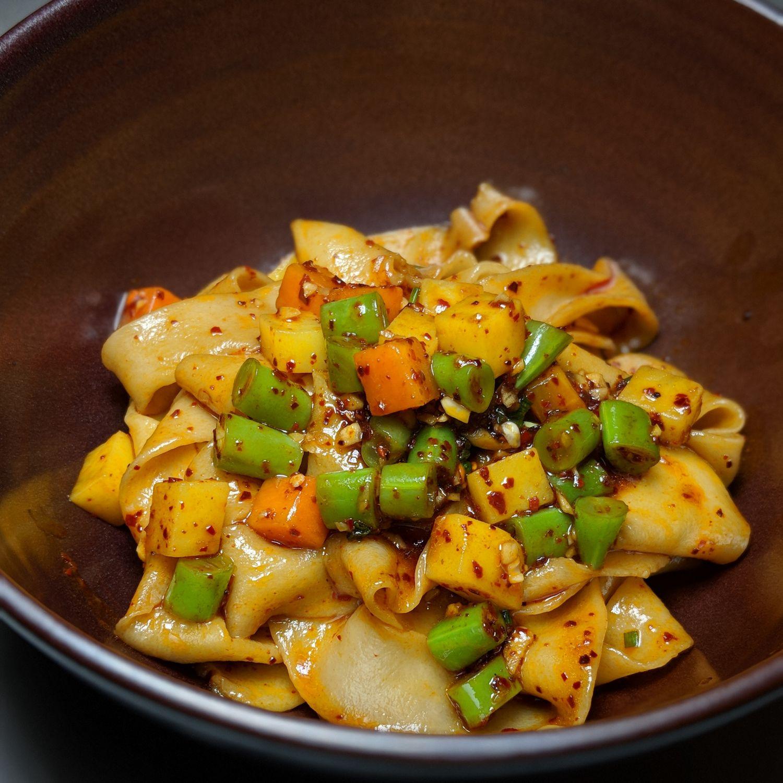 Rosewood Bangkok nan bei shanxi hot oil