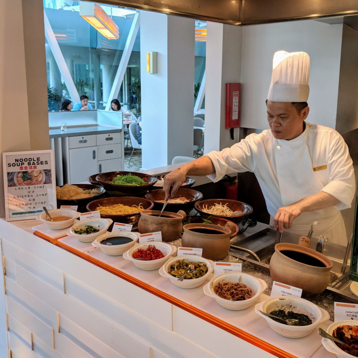 Shangri-La Hotel Singapore The Line Breakfast