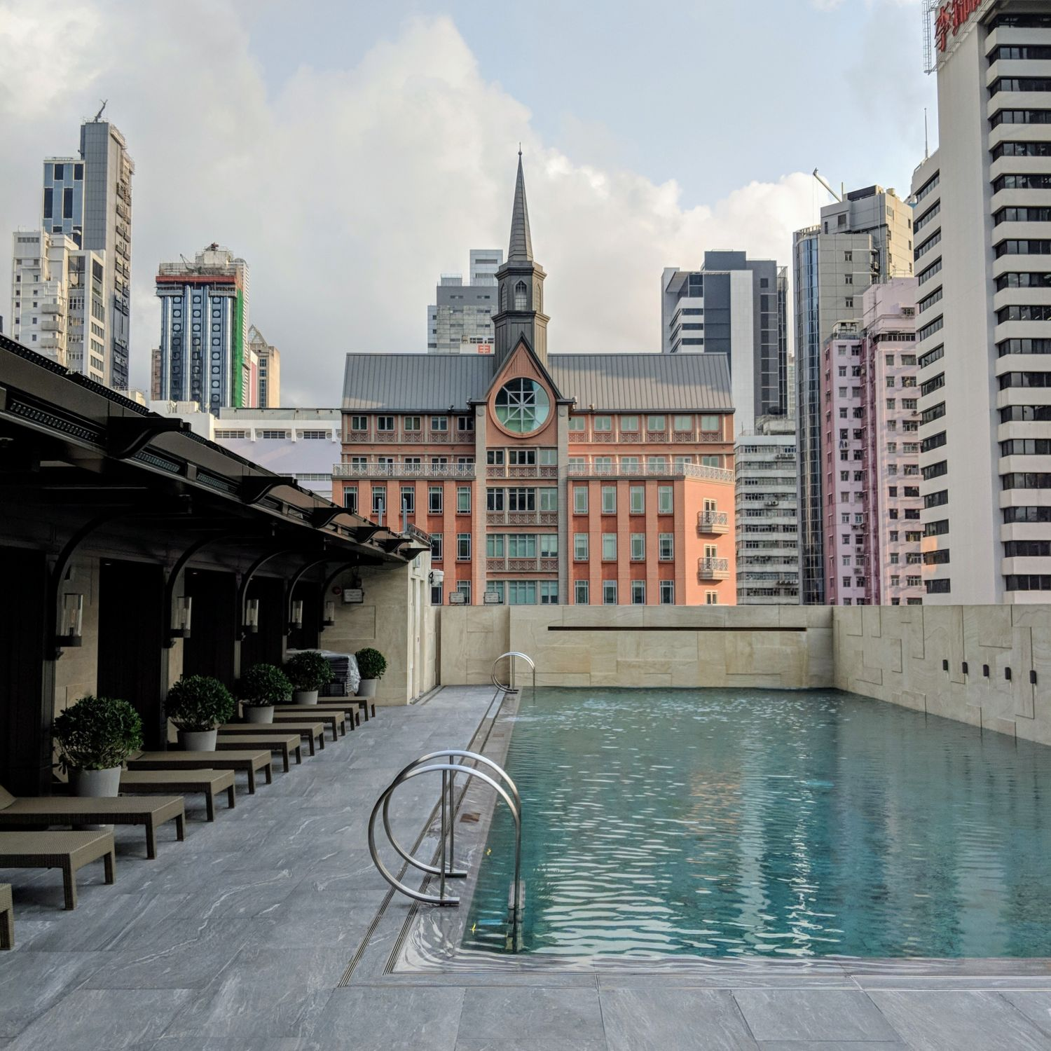 the st. regis hong kong the verandah pool