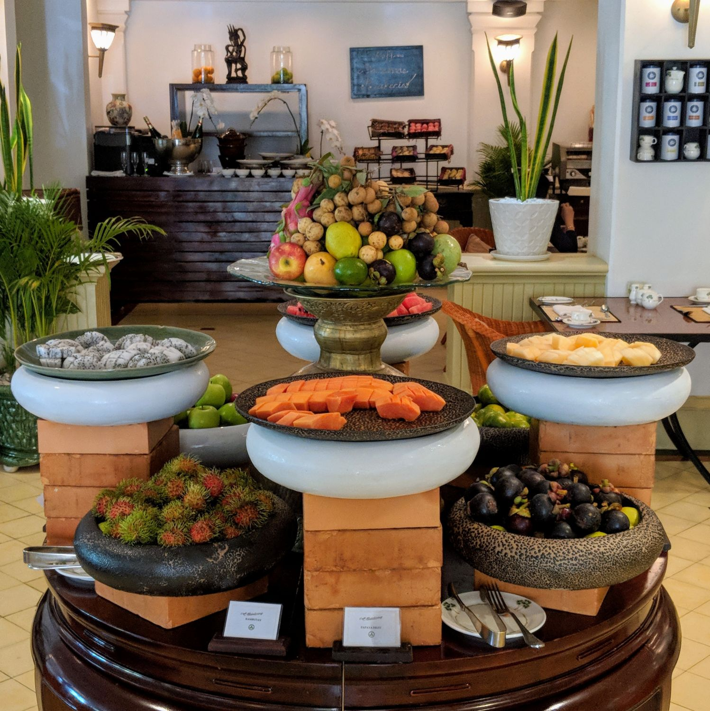 raffles hotel le royal phnom penh Café Monivong Champagne Breakfast