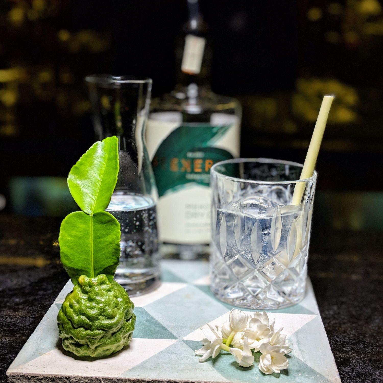 raffles hotel le royal phnom penh Elephant Bar Kaf Kaf Gin & Tonic