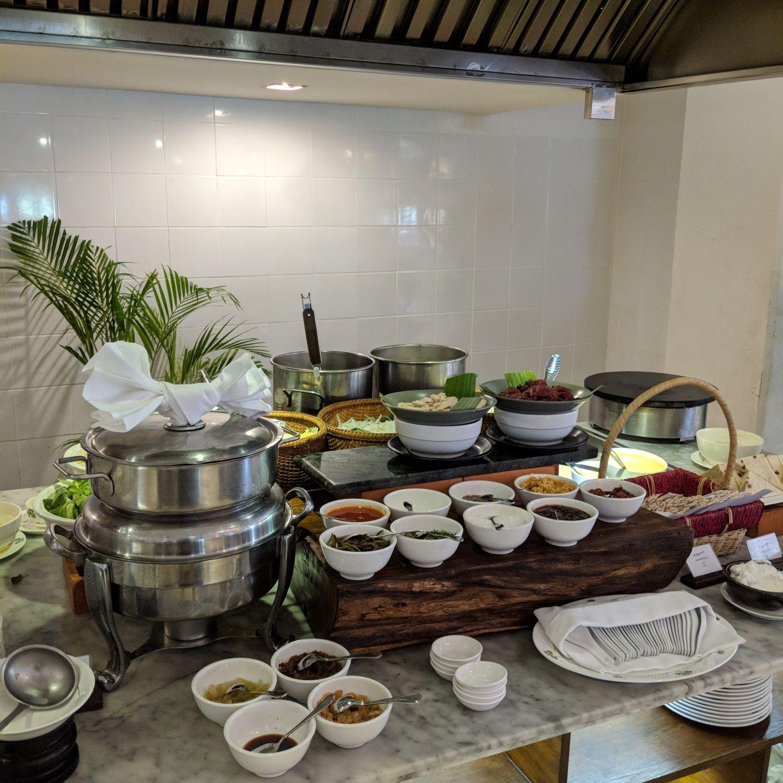 raffles hotel le royal phnom penh Café Monivong Champagne Breakfast noodle station