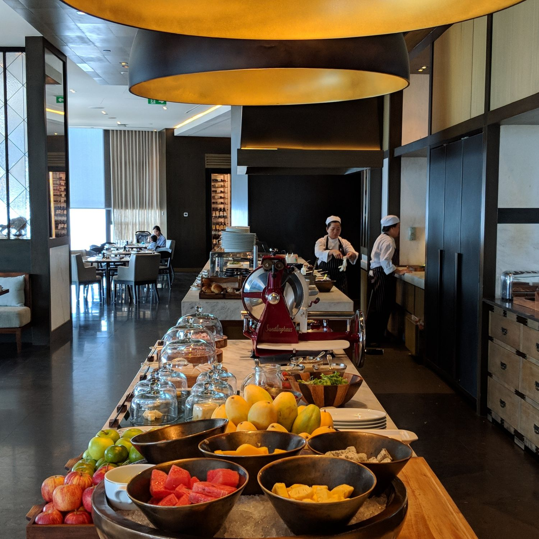 rosewood phnom penh Brasserie Louis breakfast