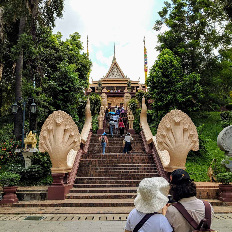 rosewood phnom penh city tour wat phnom