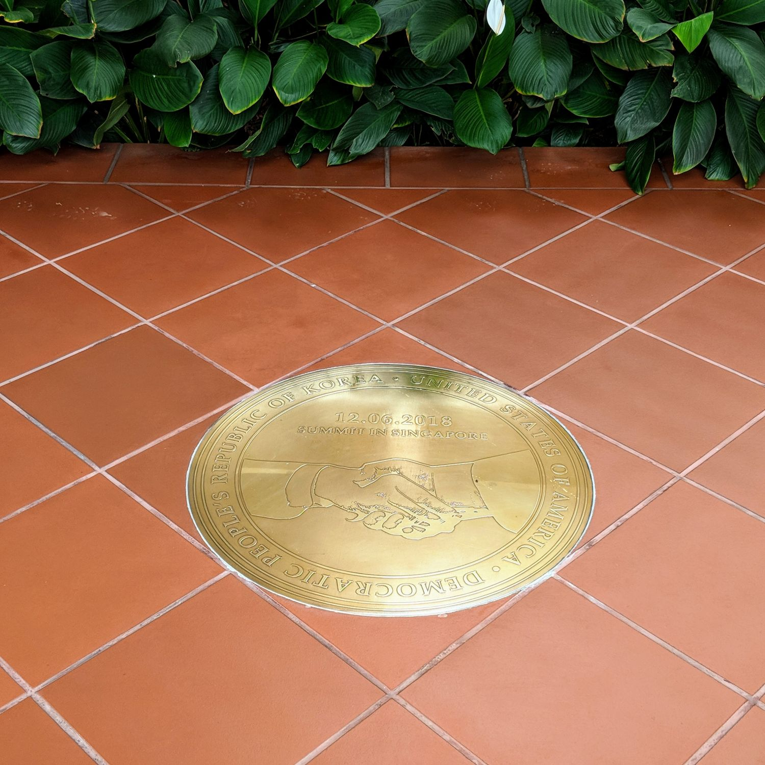 capella singapore Trump-Kim Summit Commemorative Plaque