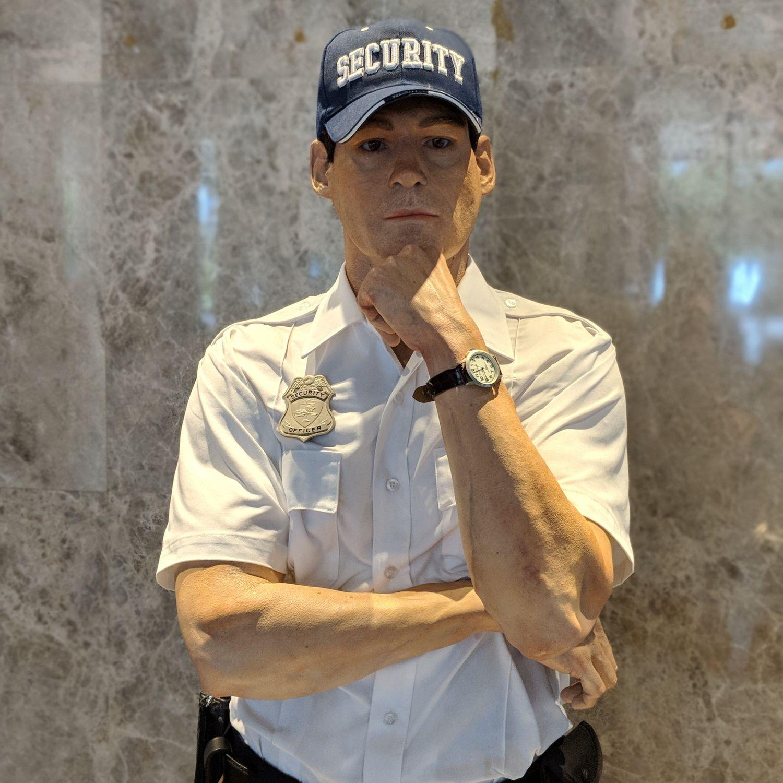 grand hyatt taipei lobby standing guard