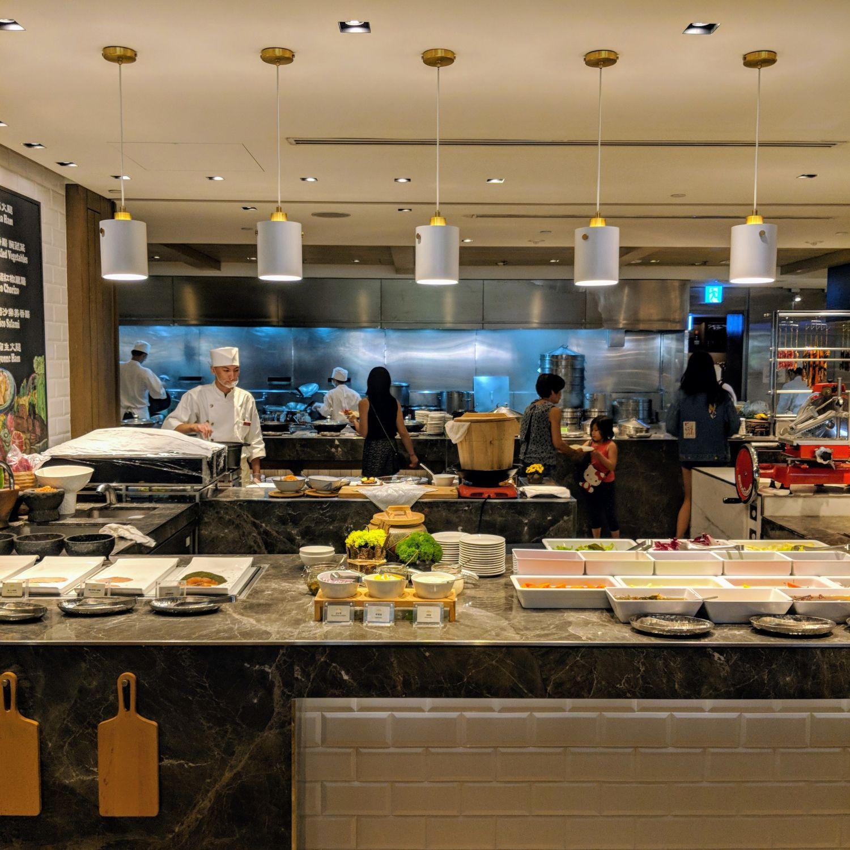 grand hyatt taipei cafe breakfast