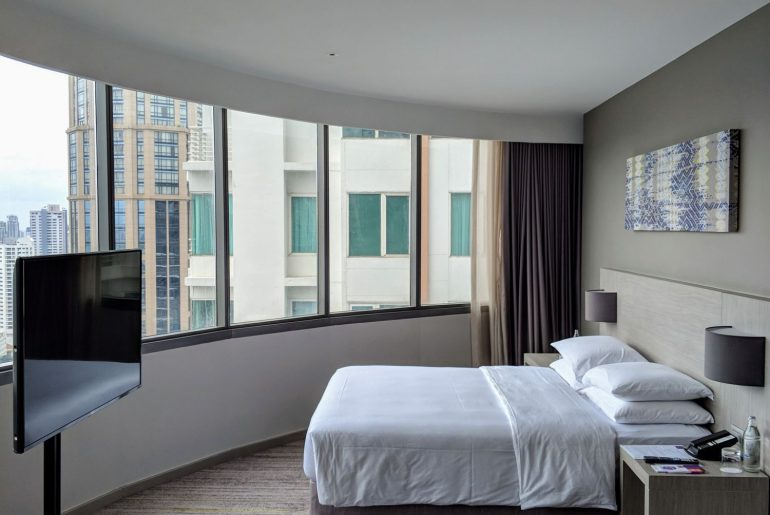 Hotel Review: Hyatt Place Bangkok Sukhumvit (View Specialty King) – Modern Convenience Hotel in Phrom Phong