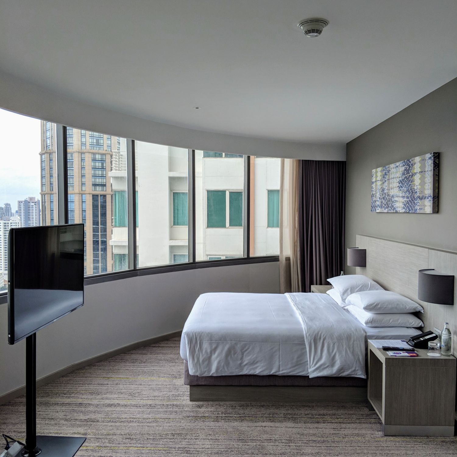 Hyatt Place Bangkok Sukhumvit View Specialty King