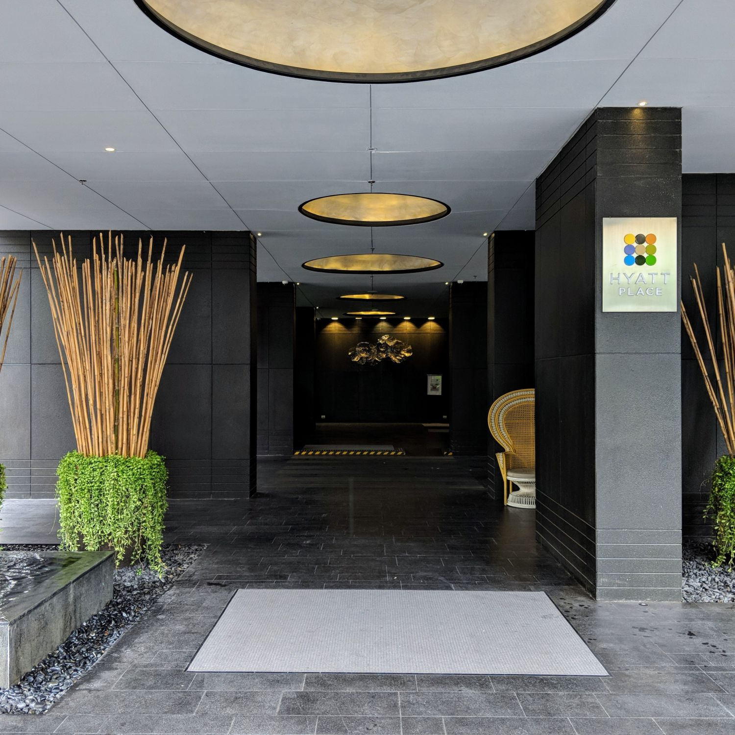 Hyatt Place Bangkok Sukhumvit entrance