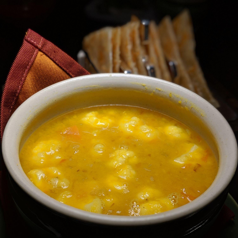 raffles hotel singapore tiffin room breakfast vegetable dhal curry