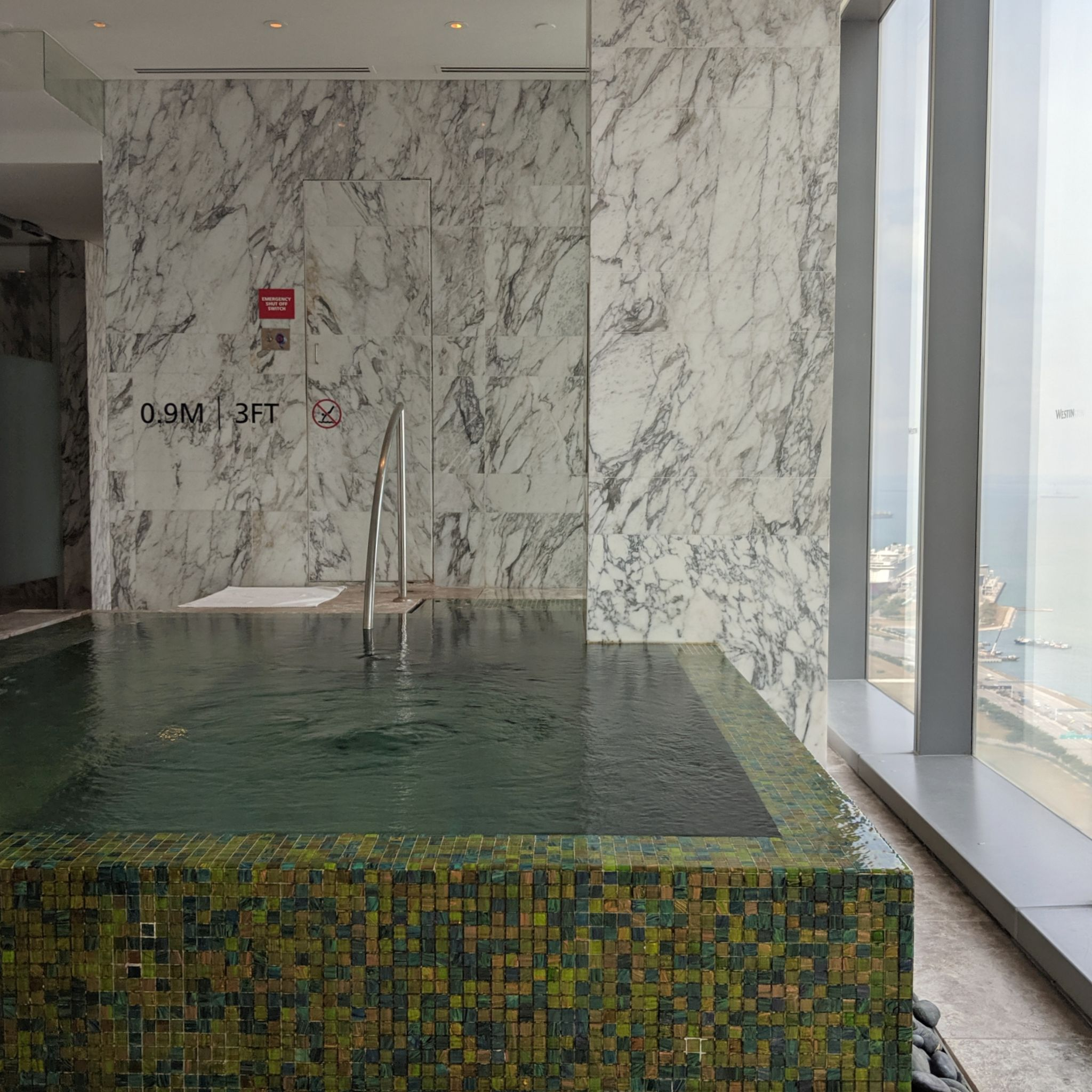the westin singapore heavenly spa jacuzzi